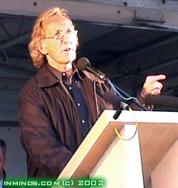 Pilger at London Antiwar Demo